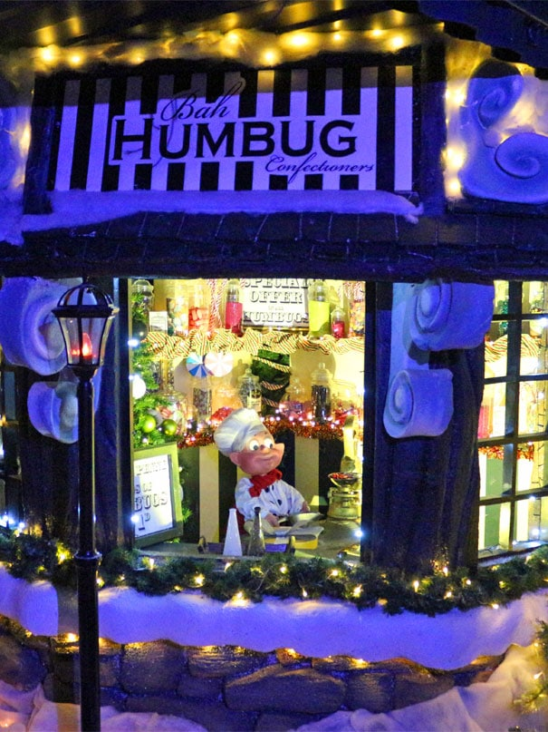 Cafe-humbug-christmas-scene