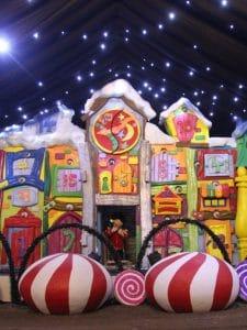 Christmas-candy-house